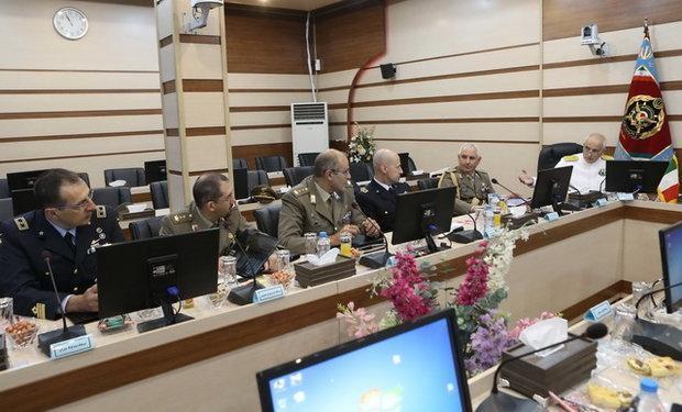 بازدید هیئت نظامی ارتش ایتالیا ازنیروهای مسلح جمهوری اسلامی ایران