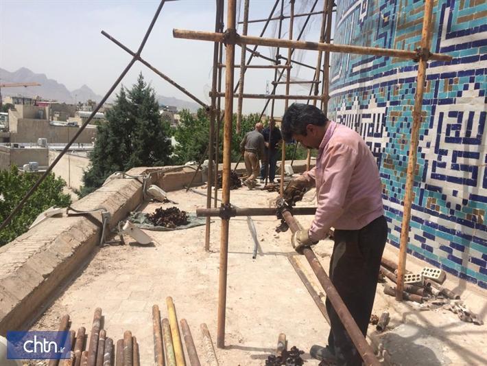 انتها عملیات مرمت گنبد مدرسه چهارباغ اصفهان