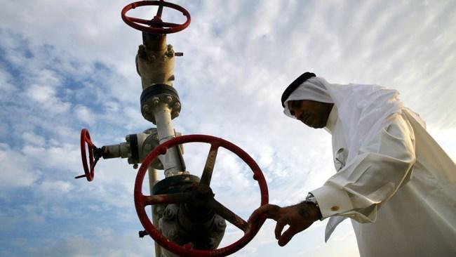 عربستان جنگ قیمتی در بازار نفت را کلید زد