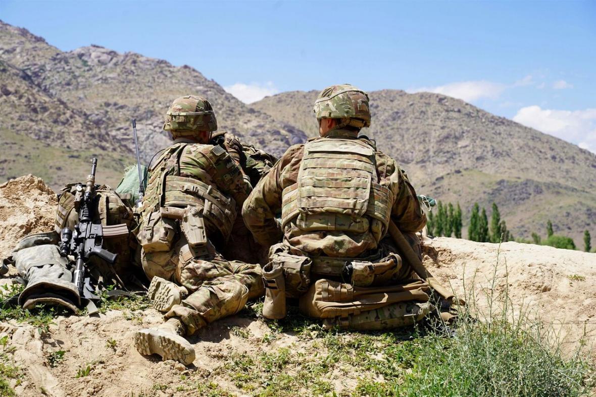 خبرنگاران ترامپ، خروج همه نظامیان آمریکایی از افغانستان را خواهان شد