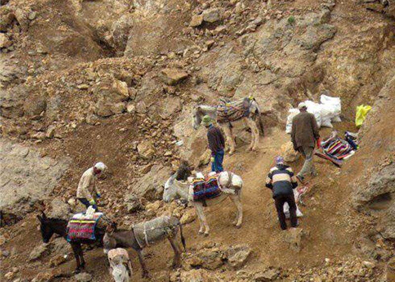 خبرنگاران ایستگاه ایست و بازرسی در معدن آلبلاغ اسفراین برقرار شد