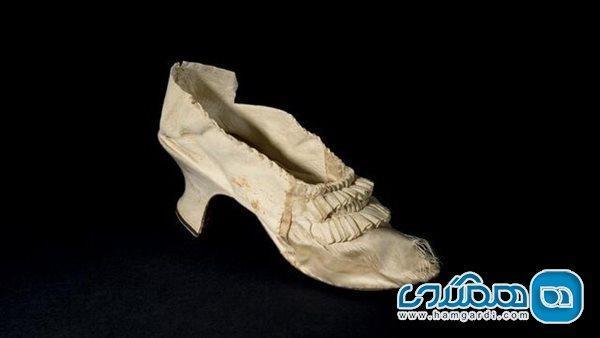 کفش آخرین ملکه فرانسه فراتر از انتظار به فروش رفت