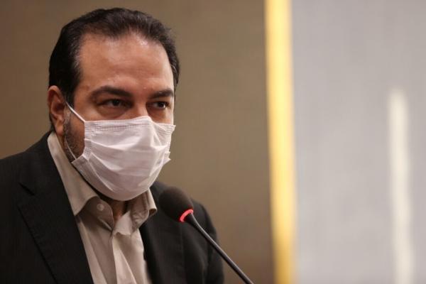 خبرنگاران سخنگوی ستاد ملی مقابله با کرونا از علما و مردم قم عذرخواهی کرد