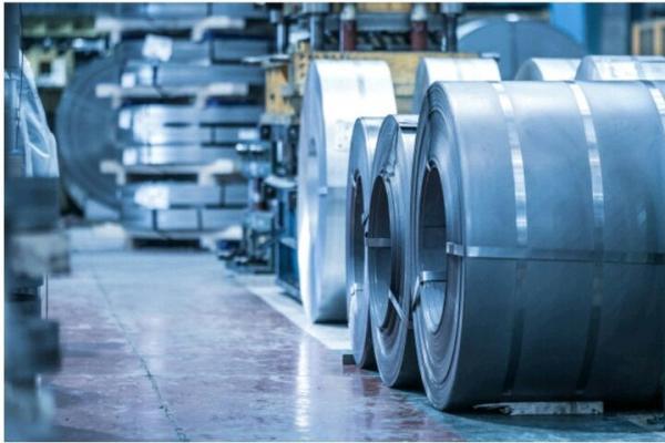 توزیع مبهم 30 میلیون تن فولاد تولیدی کشور در بازار، باز هم پای رانت در میان است؟