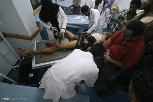 زخمی شدن 3 غیرنظامی یمنی در حملات توپخانه ارتش سعودی